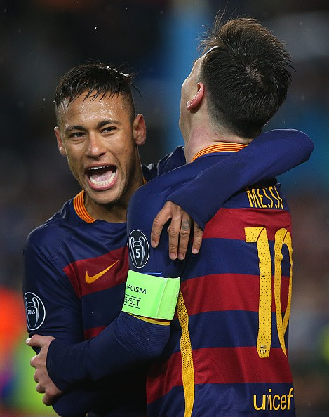 BARCELONA, SPAIN - MARCH 16: Lionel Messi of Barcelona celebrates with Neymar after scoring during the UEFA Champions League Round of 16 Second Leg match between FC Barcelona and Arsenal FC at Camp Nou on March 16, 2016 in Barcelona,Spain. (Photo by Ian MacNicol/Getty Images)