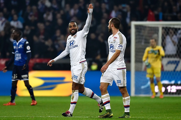 Lacazette recovered really well from his slump in form last season after suffering an injury in December. (Photo via Getty Images)