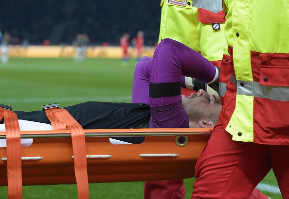 Stoke will want their goalie back sooner rather than later.(Photo via TOBIAS SCHWARZ/AFP/Getty Images)