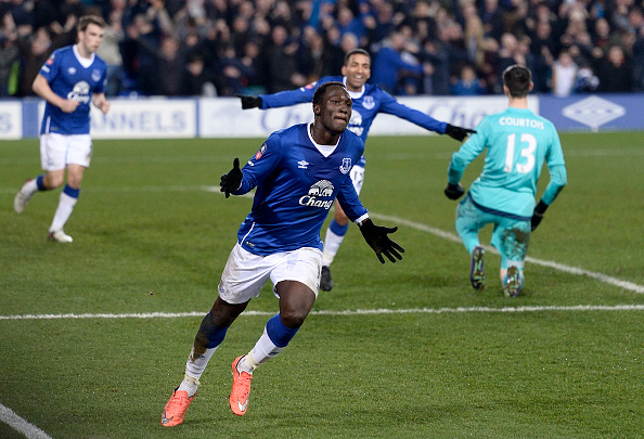 LIVERPOOL, ENGLAND - MARCH 12: Romelu Lukaku celebrates his first goal during The Emirates FA Cup Sixth Round match between Everton and Chelsea at Goodison Park on March 12, 2016 in Liverpool, England. (Photo by Tony McArdle/Everton FC via Getty Images)