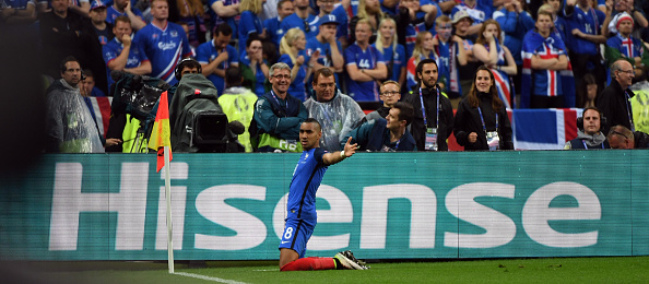 One more game, one more goal for Dimitri Payet. (Photo by Stanley Chou/Getty Images)